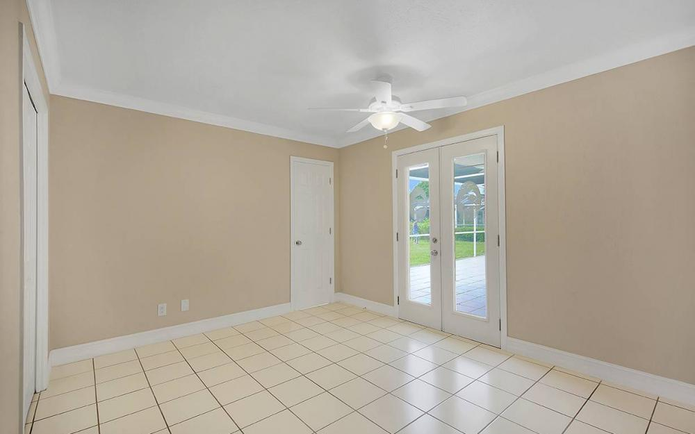 828 Miramar Ct, Cape Coral - House For Sale 2109478909