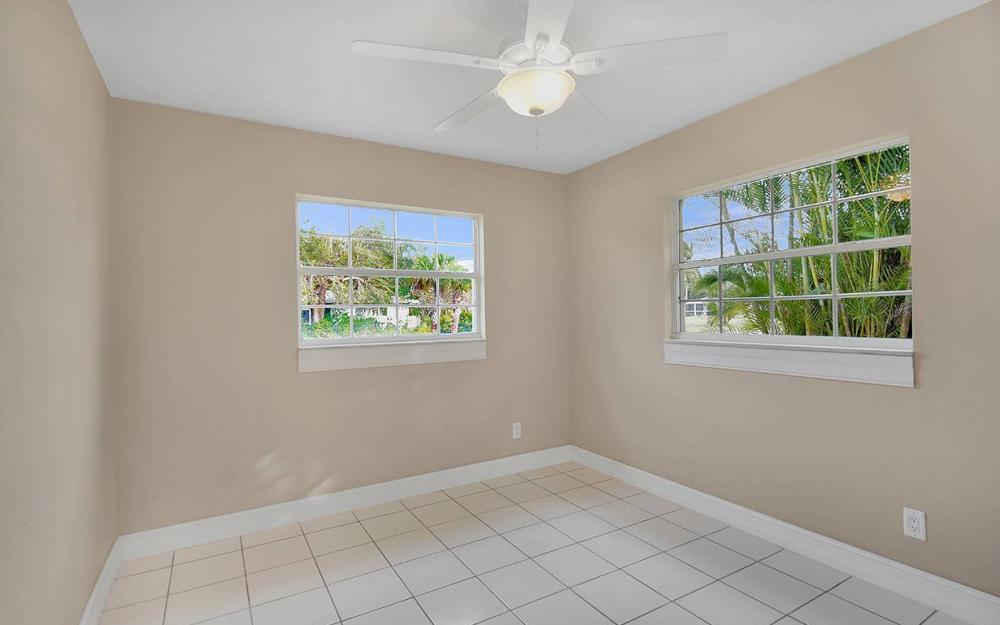 828 Miramar Ct, Cape Coral - House For Sale 95451992