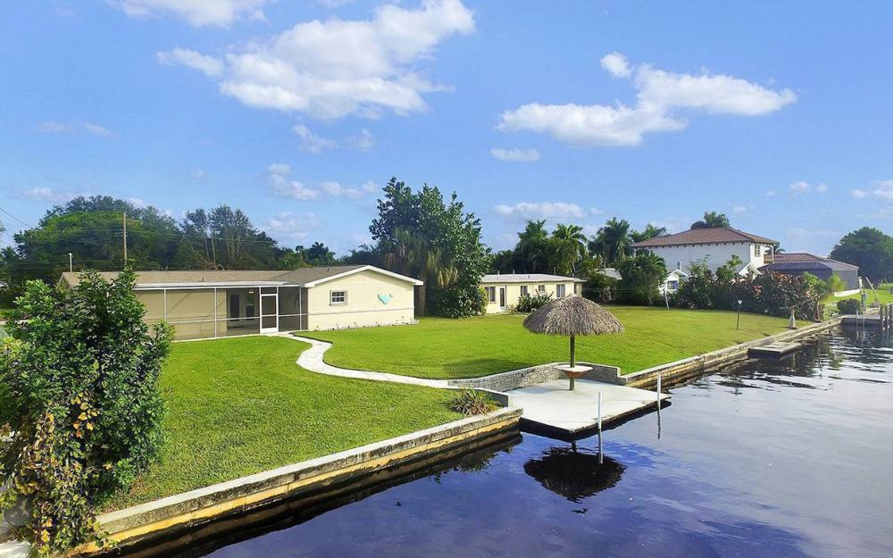 828 Miramar Ct, Cape Coral - House For Sale 1334203178