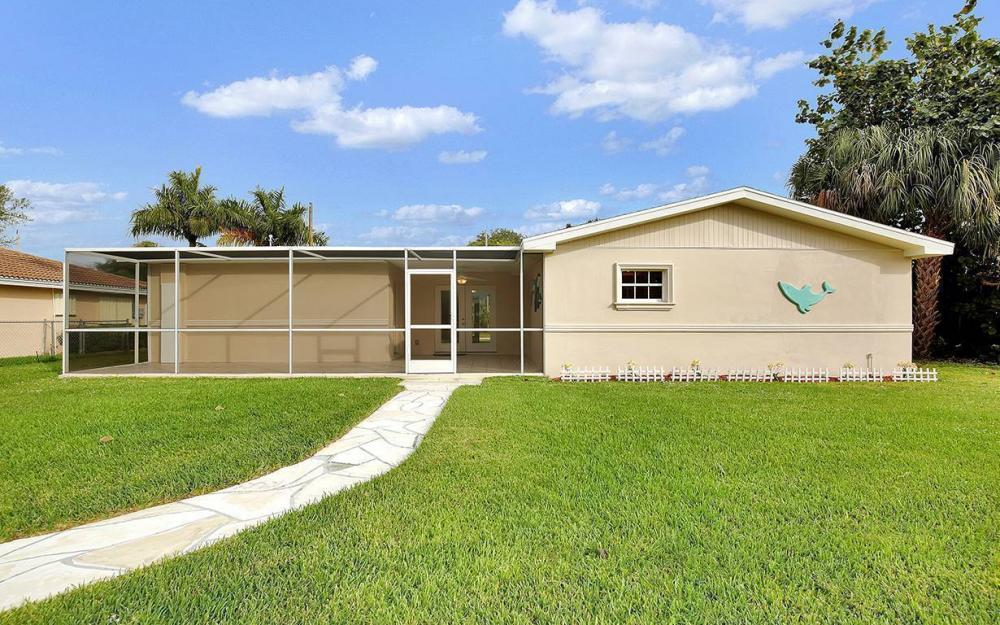828 Miramar Ct, Cape Coral - House For Sale 1078887022