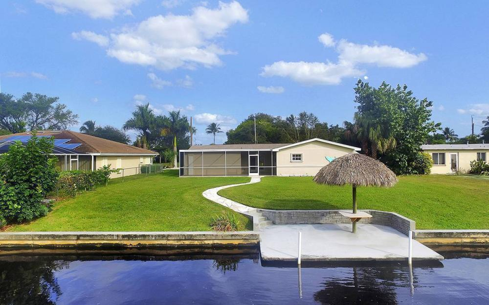 828 Miramar Ct, Cape Coral - House For Sale 661852613
