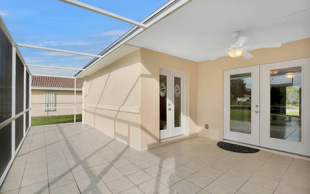 828 Miramar Ct, Cape Coral - House For Sale 1075434460