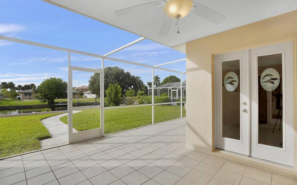 828 Miramar Ct, Cape Coral - House For Sale 238763596