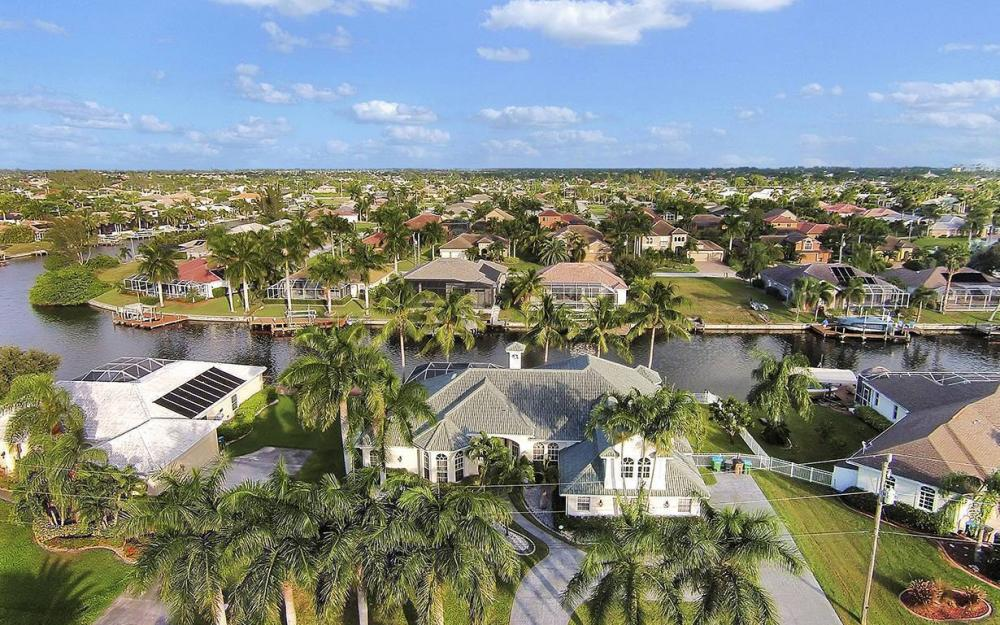 5215 SW 23rd Ave, Cape Coral - House For Sale 368341097