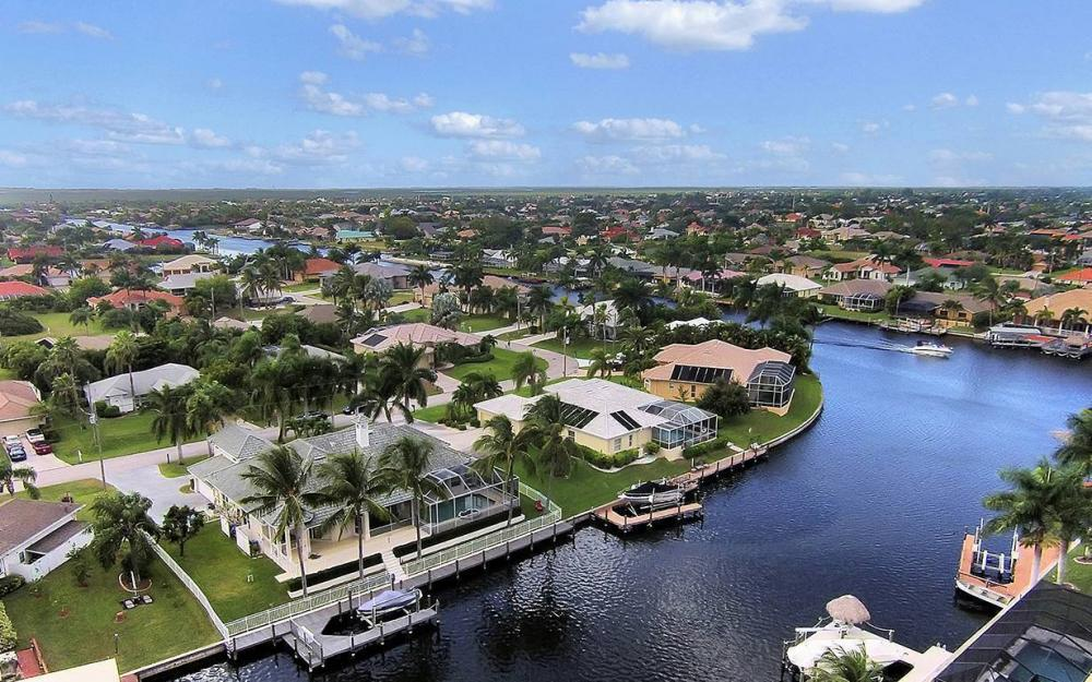 5215 SW 23rd Ave, Cape Coral - House For Sale 247069788