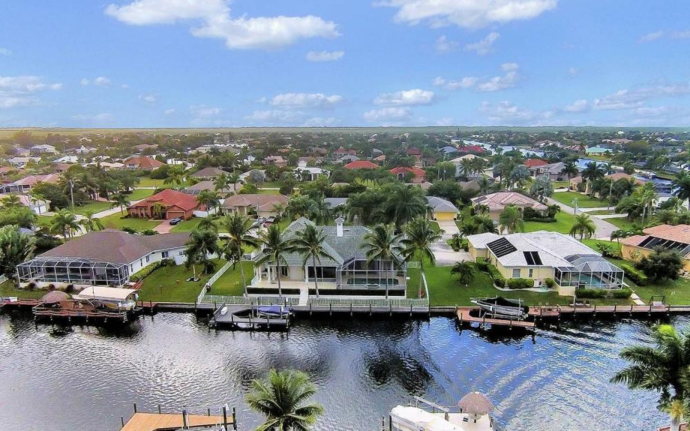 5215 SW 23rd Ave, Cape Coral - House For Sale 1004541075