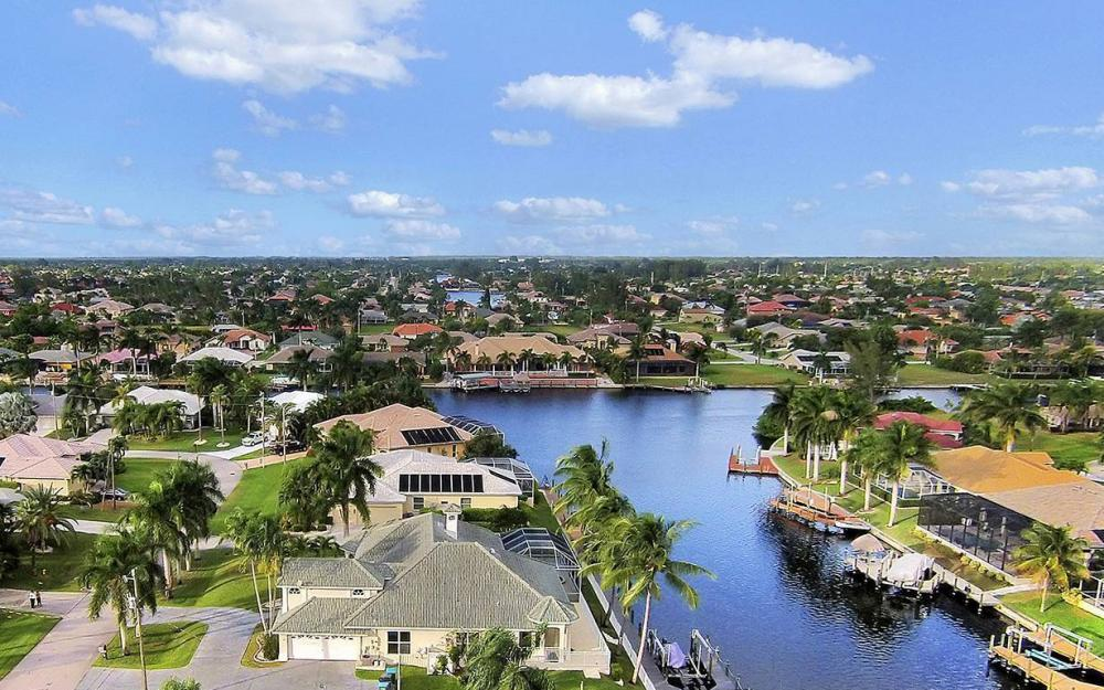 5215 SW 23rd Ave, Cape Coral - House For Sale 518483966