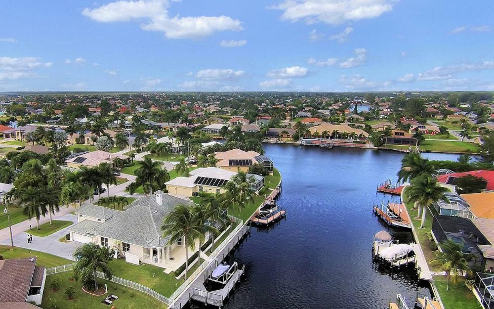5215 SW 23rd Ave, Cape Coral - House For Sale 1203361358