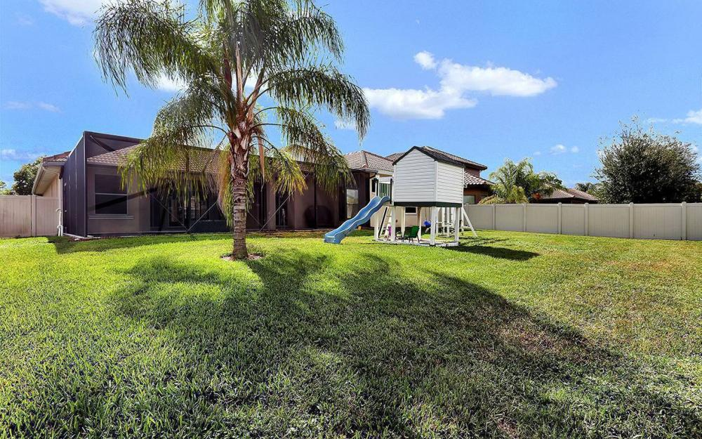 7239 Acorn Way, Naples - House For Sale 751670373