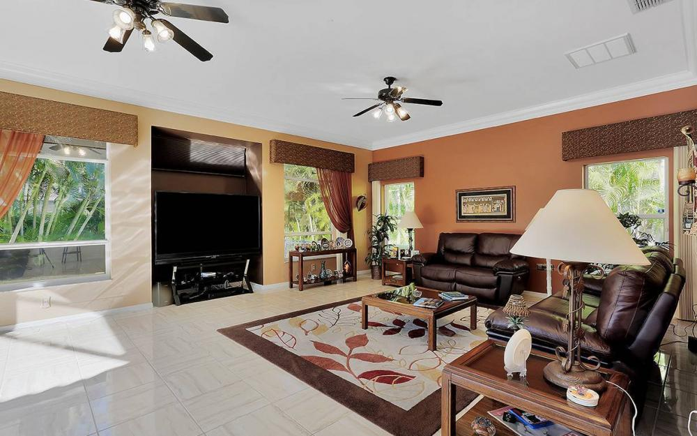 12621 Apopka Ct, North Fort Myers - North Fort Myers 927418008