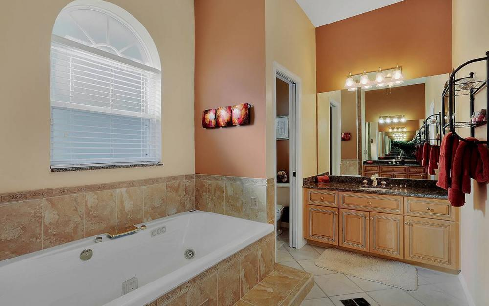 12621 Apopka Ct, North Fort Myers - North Fort Myers 1617701794