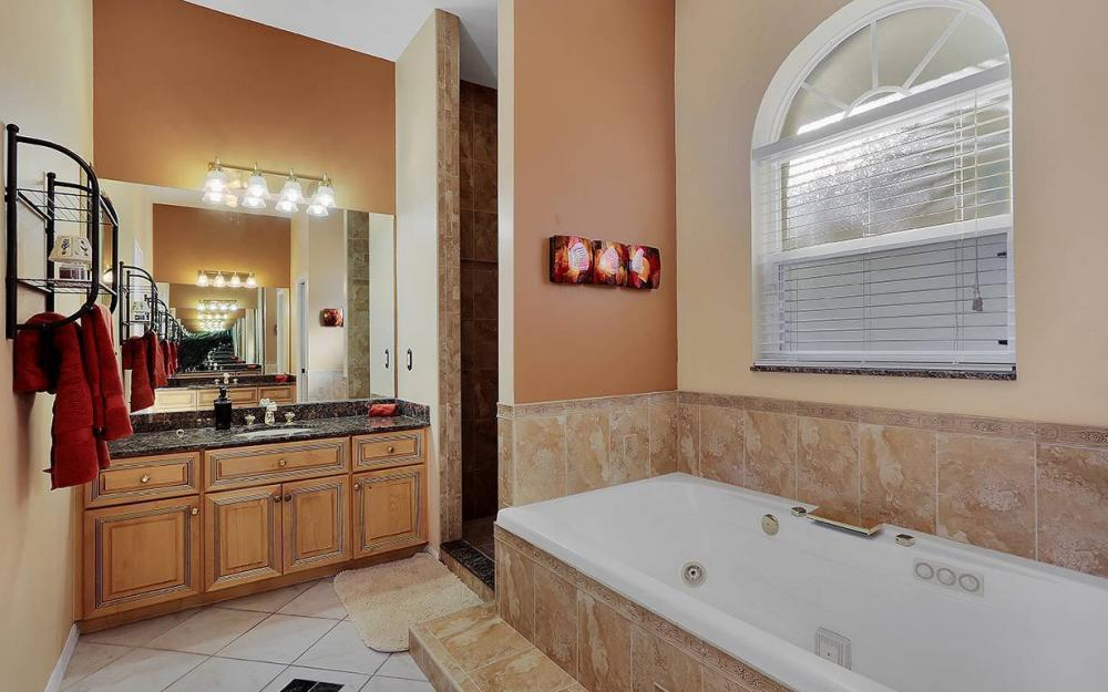12621 Apopka Ct, North Fort Myers - North Fort Myers 1967086401