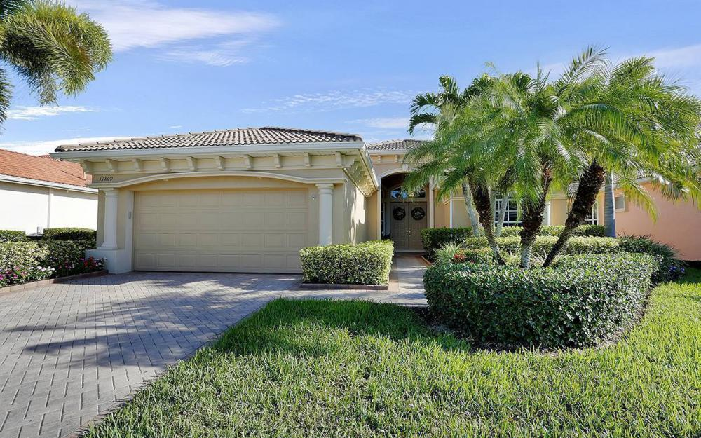 19809 Casa Verde Way, Estero - House For Sale 585790646
