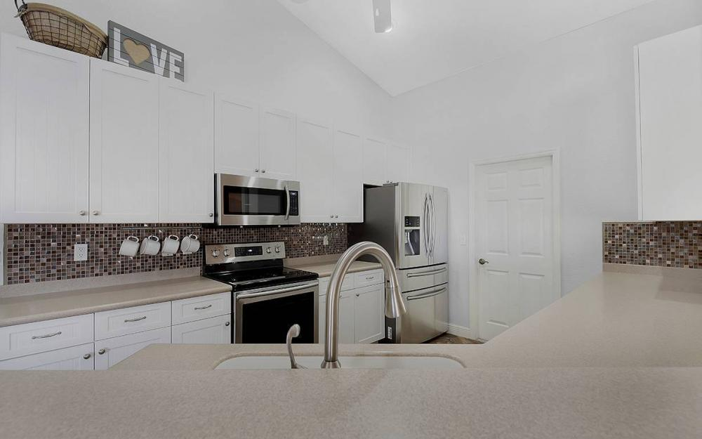121 NW 8th Ter, Cape Coral - House For Sale 501942105