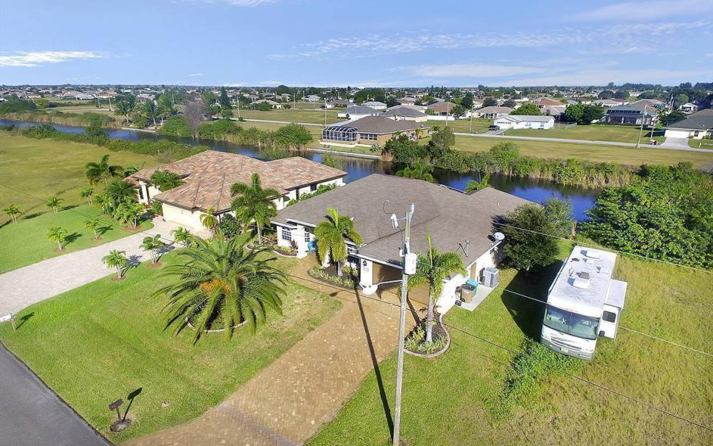 121 NW 8th Ter, Cape Coral - House For Sale 964883494