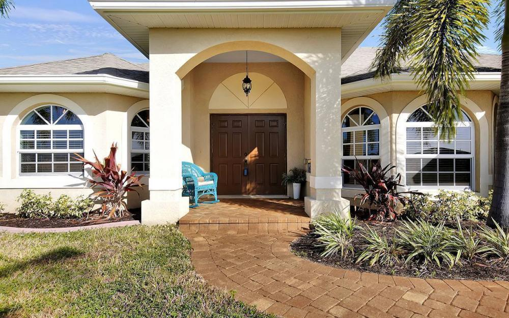 121 NW 8th Ter, Cape Coral - House For Sale 2023637449