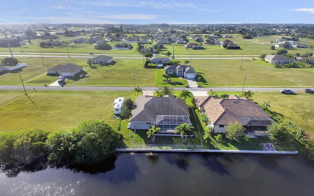 121 NW 8th Ter, Cape Coral - House For Sale 722760068