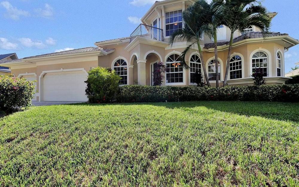 683 Solana Ct, Marco Island - House For Sale 810065521