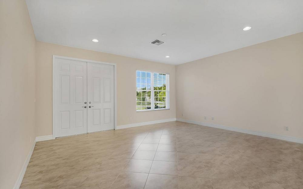 1705 SW 10th Pl, Cape Coral - House For Sale 2108378495