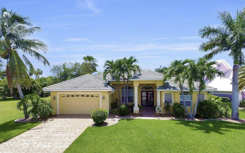 5240 Agualinda Blvd, Cape Coral - House For Sale 2032440251