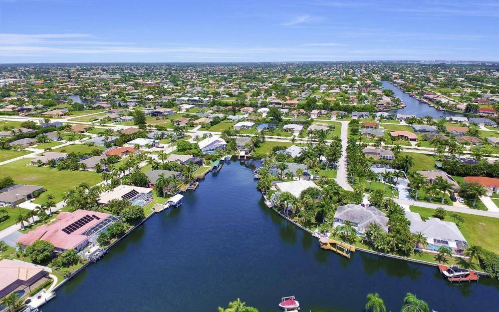 5240 Agualinda Blvd, Cape Coral - House For Sale 1942818635
