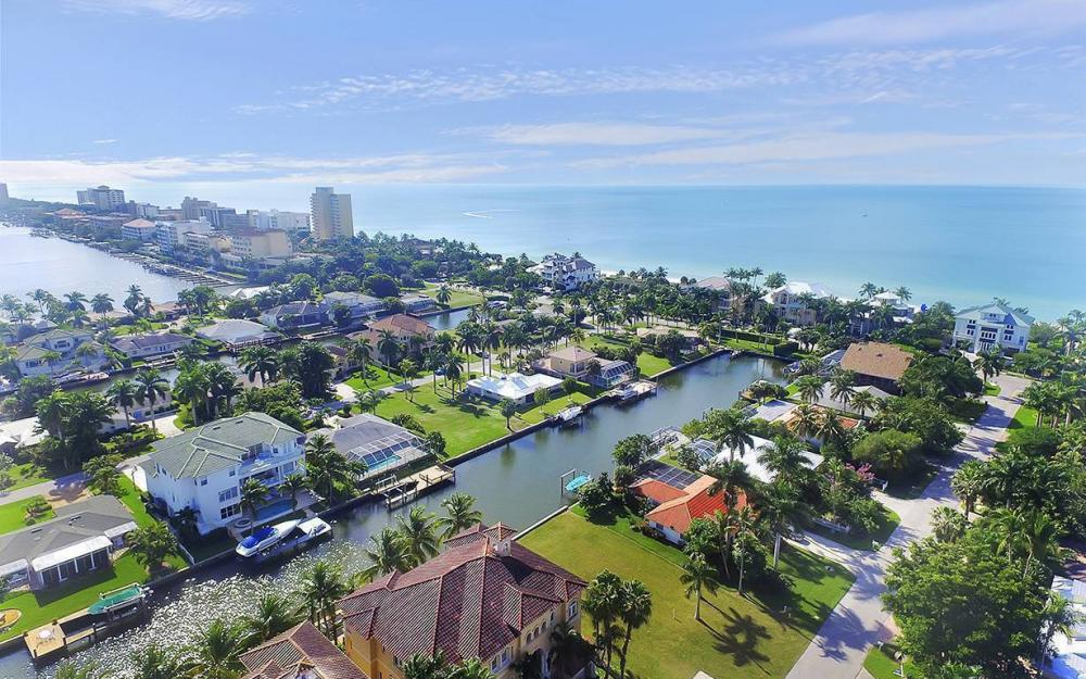 148 Seabreeze Ave, Naples - Lot For Sale 2098729375