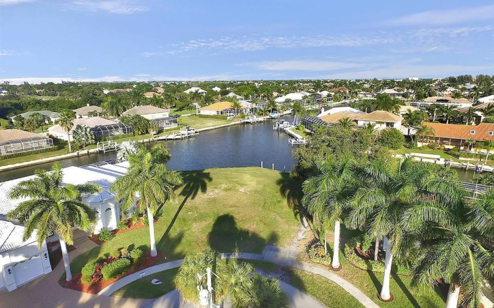 310 Henderson Ct, Marco Island - Lot For Sale 1225959495