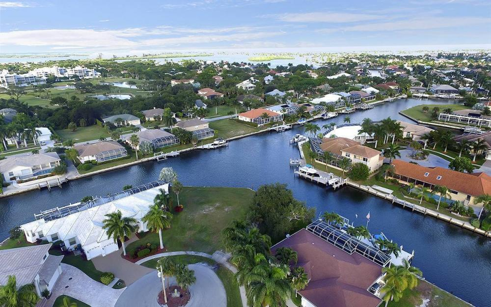 310 Henderson Ct, Marco Island - Lot For Sale 605582775