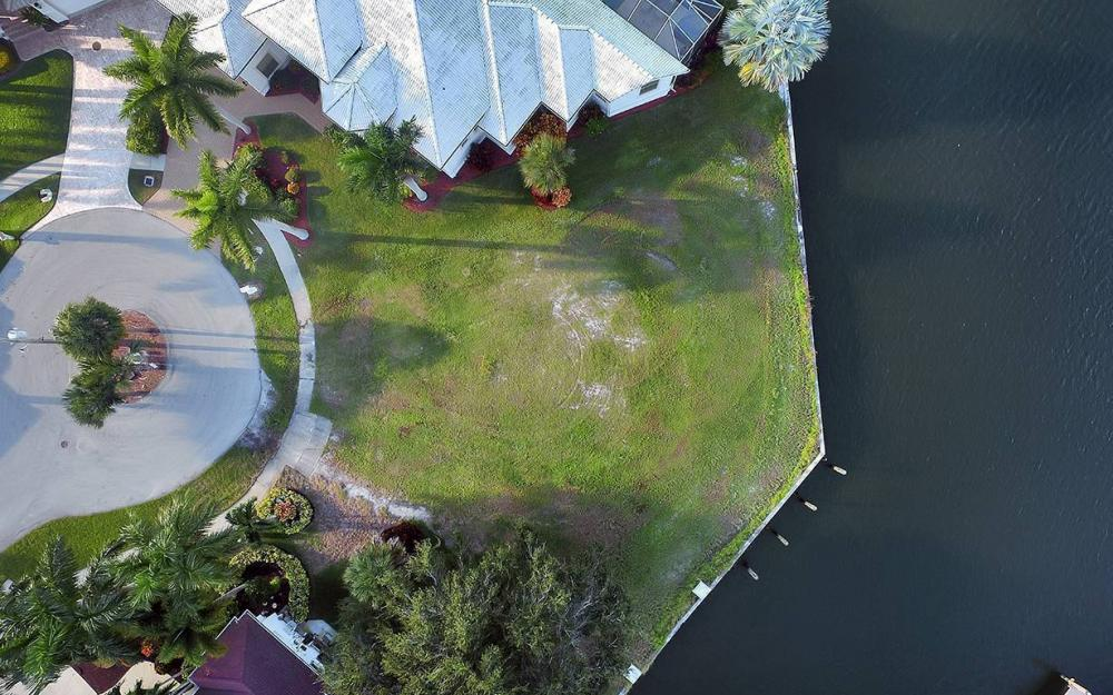 310 Henderson Ct, Marco Island - Lot For Sale 1338752406