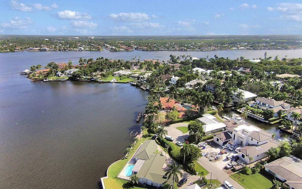 754 16th Ave S, Naples - House For Sale 388610264