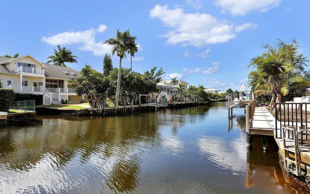 754 16th Ave S, Naples - House For Sale 228826191