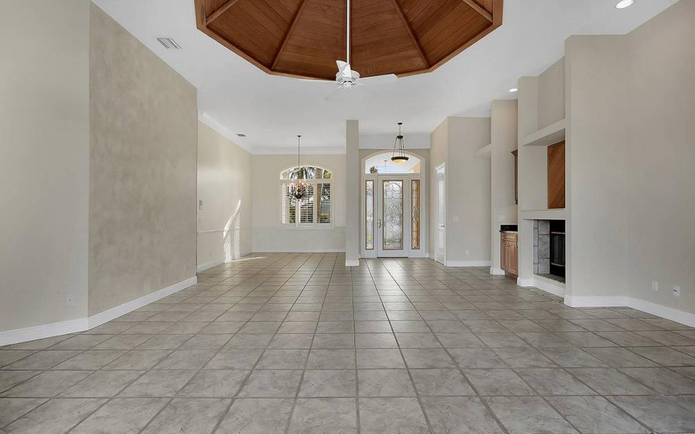1521 Dolphin Ln, Naples - House For Sale 1799155489