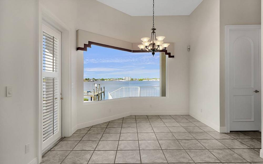 1521 Dolphin Ln, Naples - House For Sale 71761257