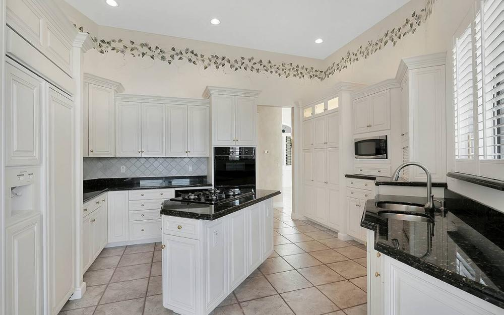 1521 Dolphin Ln, Naples - House For Sale 882048235