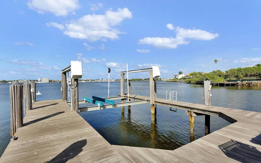 1521 Dolphin Ln, Naples - House For Sale 1728440336