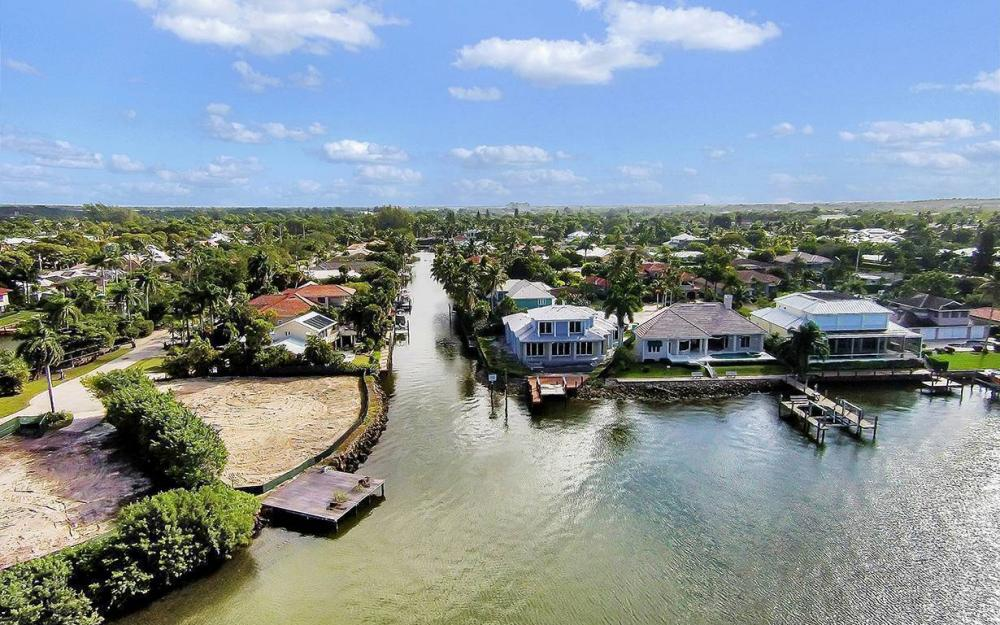 1521 Dolphin Ln, Naples - House For Sale 1234719271