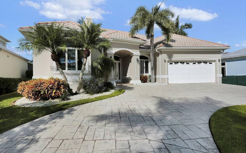 1521 Dolphin Ln, Naples - House For Sale 1421371058