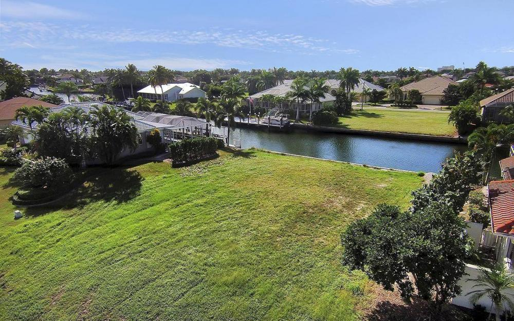 250 Rockhill Ct, Marco Island - Lot For Sale 946853348