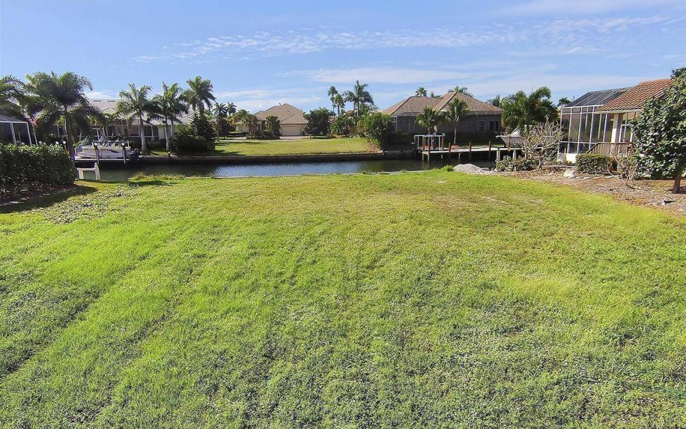 250 Rockhill Ct, Marco Island - Lot For Sale 142423479