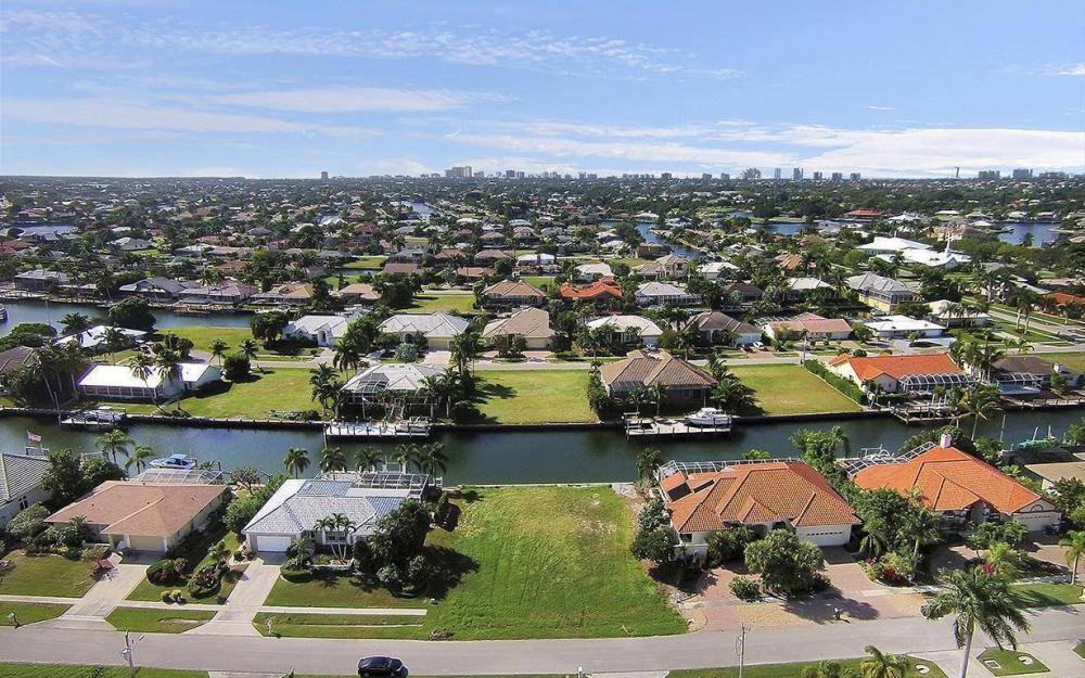 250 Rockhill Ct, Marco Island - Lot For Sale 413488412