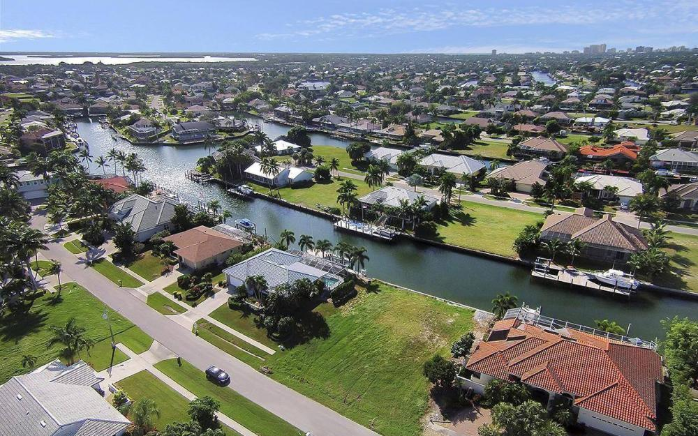 250 Rockhill Ct, Marco Island - Lot For Sale 234809097