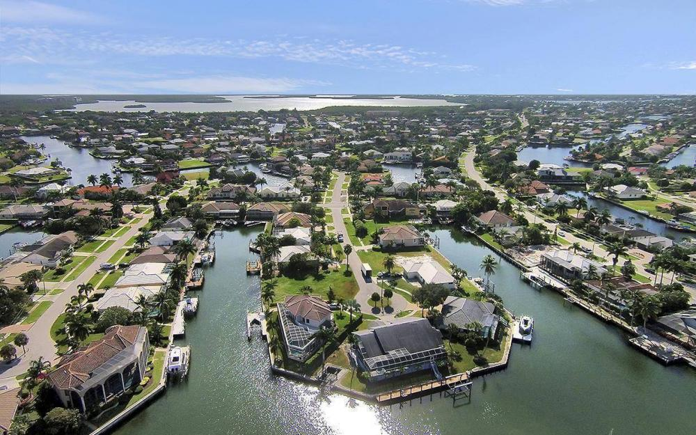 250 Rockhill Ct, Marco Island - Lot For Sale 1770030411