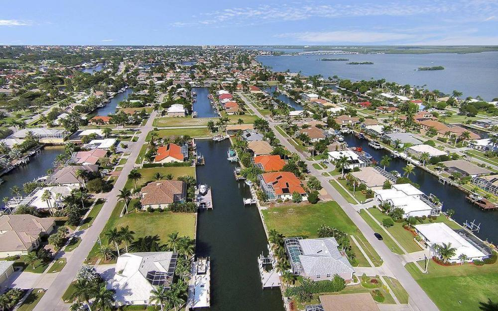 250 Rockhill Ct, Marco Island - Lot For Sale 1448704065
