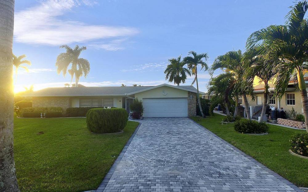 5205 Savoy Ct, Cape Coral - Vacation Rental 1564880715