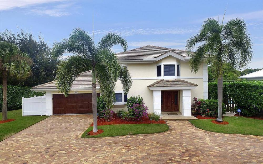 605 5th Ave N, Naples - House For Sale 1742414558