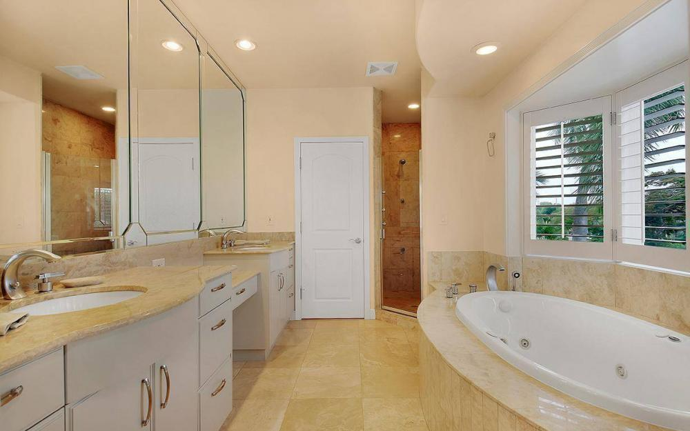 605 5th Ave N, Naples - House For Sale 178924462
