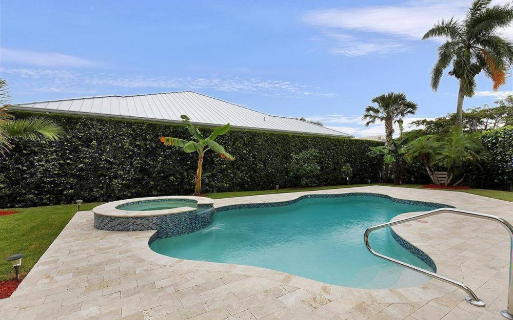 605 5th Ave N, Naples - House For Sale 1073145275