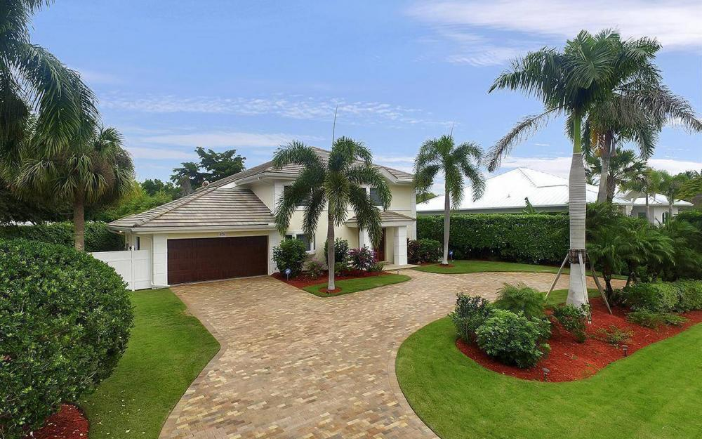 605 5th Ave N, Naples - House For Sale 222586476