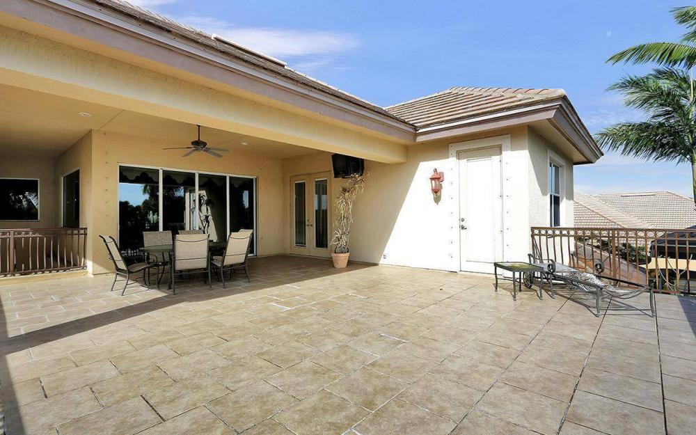 15901 Glenisle Way, Fort Myers - House For Sale 405321429