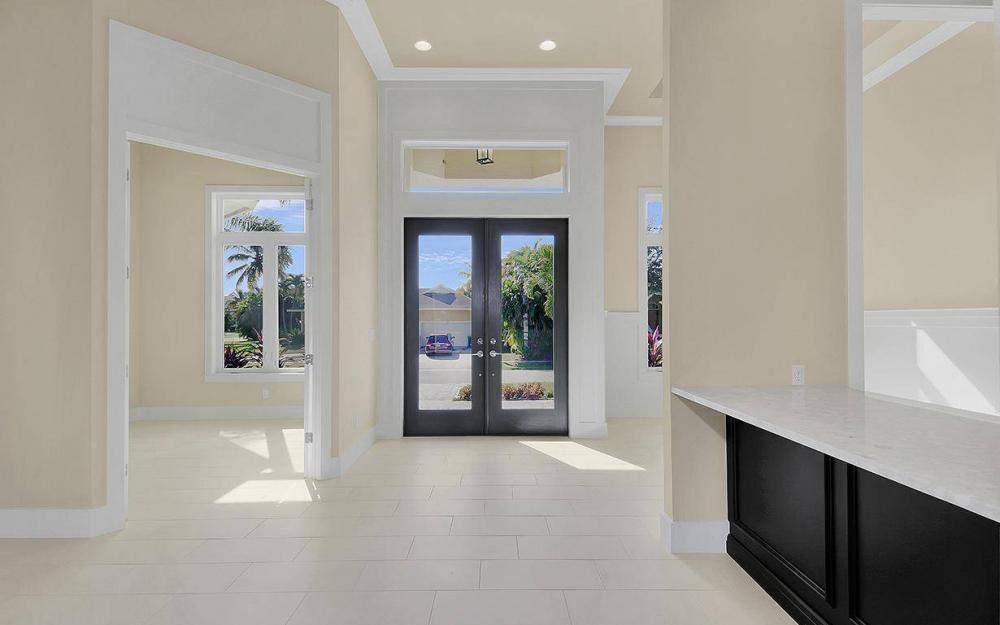 738 Hernando Dr, Marco Island - House For Sale 105310136